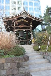 青松寺現鐘楼(2011年1月4日撮影)