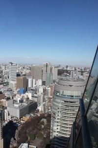 MORIタワーからみたフォレストタワー(2011年1月31日撮影)