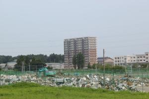 多賀城跡周辺の瓦礫集積場