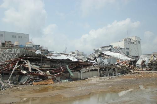 気仙沼市市街地北部の津波被災地③(2011年7月27日)