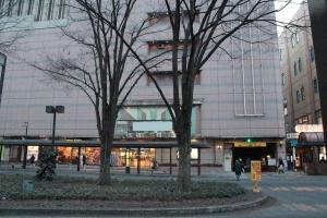 福島駅東口駅ビル