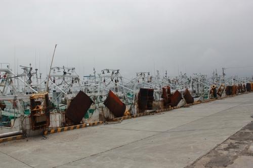 松川浦漁港に繋留される漁船(2012年4月25日撮影)